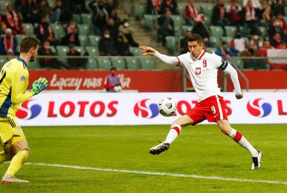 Cầm chân Ý, Hà Lan vẫn chưa biết thắng cùng HLV Frank de Boer - Ảnh 3.