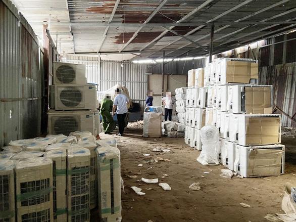 Tạm giữ hơn 1.000 thiết bị điện tử, điện lạnh từ biên giới Campuchia về TP.HCM - Ảnh 3.