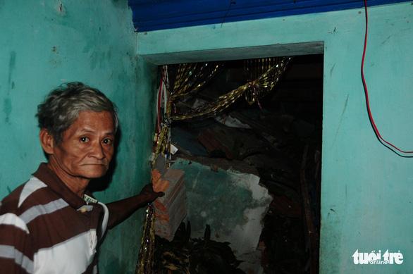 Hình ảnh ám ảnh ở nơi nhiều bà con mình suýt bị… chôn sống - Ảnh 8.