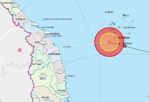 10h sáng nay, áp thấp nhiệt đới cách bờ biển Đà Nẵng - Bình Định 290km - Ảnh 1.