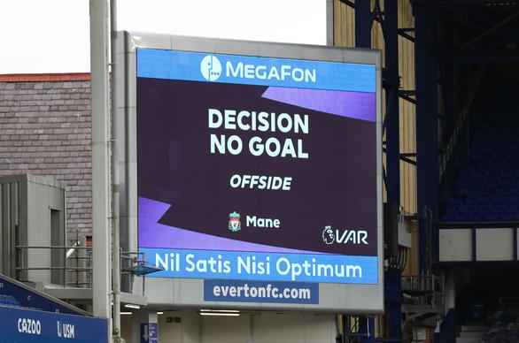 VAR 'nổ' ở phút bù giờ, Liverpool mất chiến thắng trước Everton - Ảnh 5.