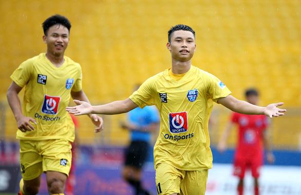 U15 của tiền đạo nhập tịch Huỳnh Kesley thua trận mở màn U15 quốc gia - Ảnh 4.