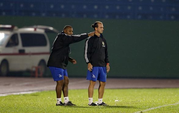 U15 của tiền đạo nhập tịch Huỳnh Kesley thua trận mở màn U15 quốc gia - Ảnh 2.
