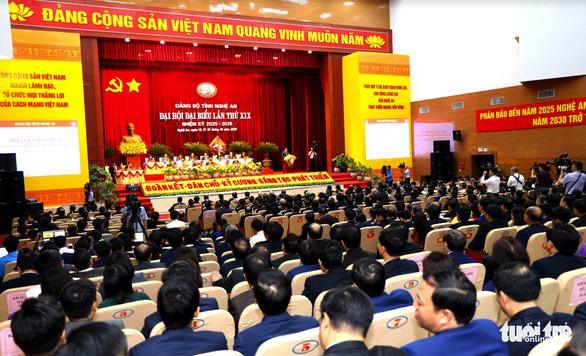 Thủ tướng muốn Nghệ An tháo gỡ chuyện 'tỉnh mở, sở thì thắt' - Ảnh 2.