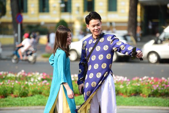 Thủ tướng Nhật Bản thăm chính thức Việt Nam: Bạn bè và chiến lược - Ảnh 5.