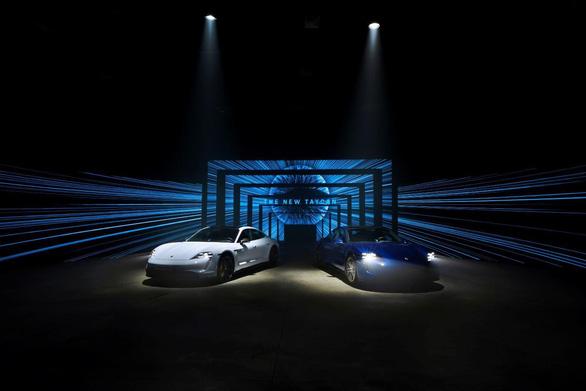 Xe thể thao thuần điện Porsche Taycan chính thức về Việt Nam - Ảnh 1.