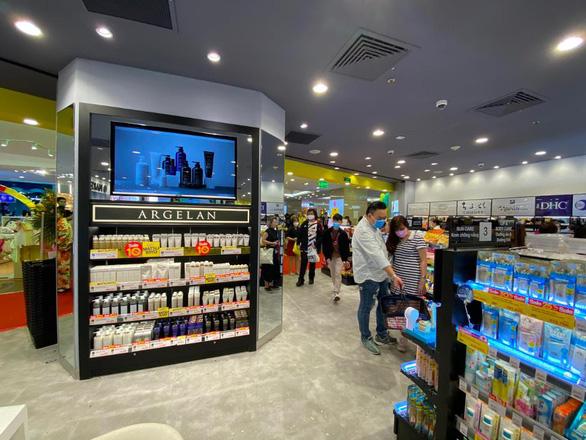 Có gì đặc biệt ở cửa hàng Matsukiyo vừa khai trương tại Việt Nam? - Ảnh 2.