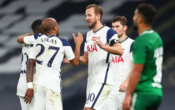 Harry Kane lập hat-trick, Tottenham chính thức góp mặt ở Europa League - Ảnh 2.