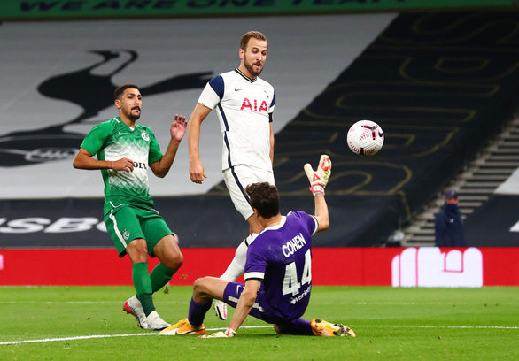 Harry Kane lập hat-trick, Tottenham chính thức góp mặt ở Europa League - Ảnh 1.