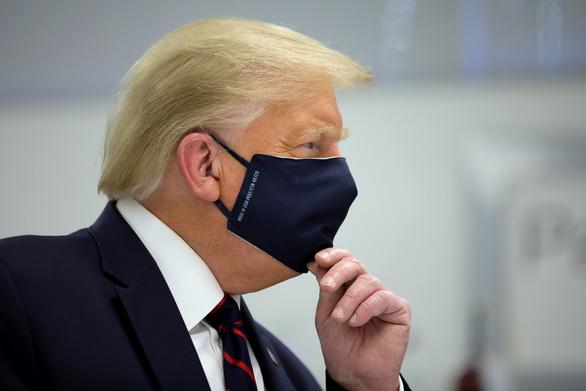 Bầu cử Mỹ ra sao khi ông Trump mắc COVID-19? - Ảnh 1.