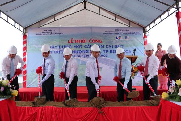 Khởi công cầu Vàm Cái Sứt kết nối Biên Hòa với cao tốc TP.HCM - Long Thành - Dầu Giây - Ảnh 1.