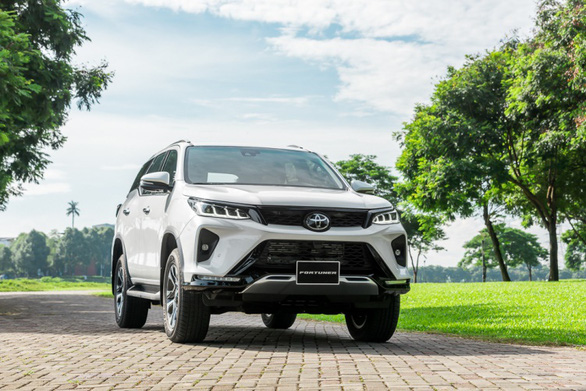 Fortuner 2020 khuấy động thị trường SUV bằng nâng cấp vượt trội - Ảnh 1.