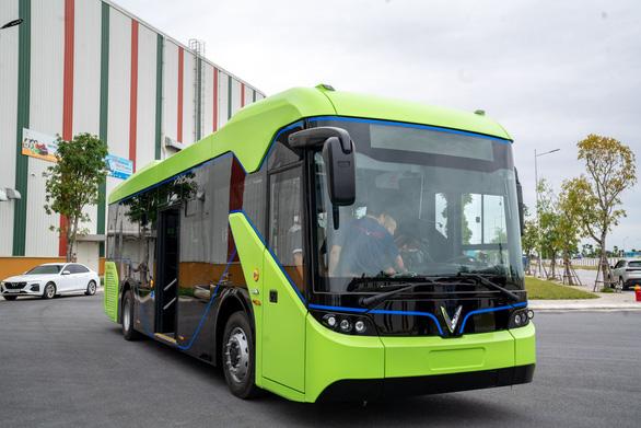 Vingroup chính thức chạy thử nghiệm xe buýt điện VinFast - Ảnh 7.