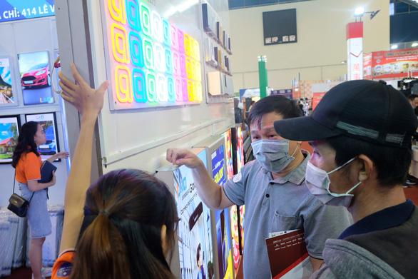 180 gian hàng triển lãm vực dậy doanh nghiệp quảng cáo ngay mùa dịch COVID-19 - Ảnh 3.
