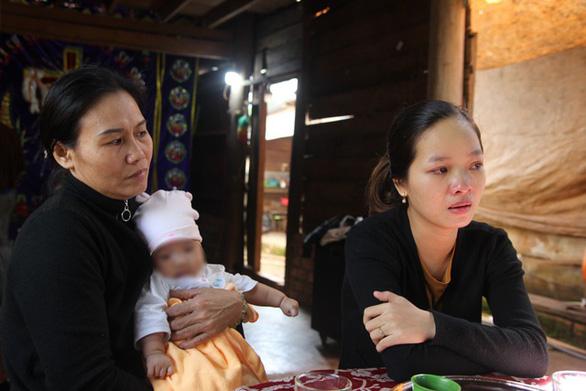 Vợ nạn nhân vụ thủy điện Rào Trăng 3 được tạm ứng 100 triệu đồng bị kẻ xấu lừa - Ảnh 1.