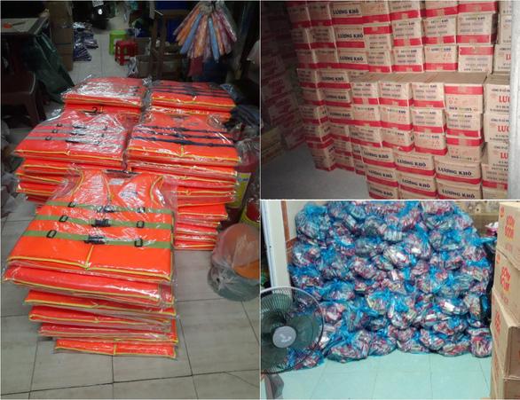 Nhiều nghệ sĩ đi miền Trung cứu trợ, Thủy Tiên nhận quyên góp hơn 100 tỉ đồng - Ảnh 5.