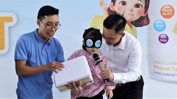 Chuyên gia giáo dục - Tiến sĩ Vũ Thu Hương: Hãy dừng đầu độc trẻ bằng điện thoại, máy tính - Ảnh 4.