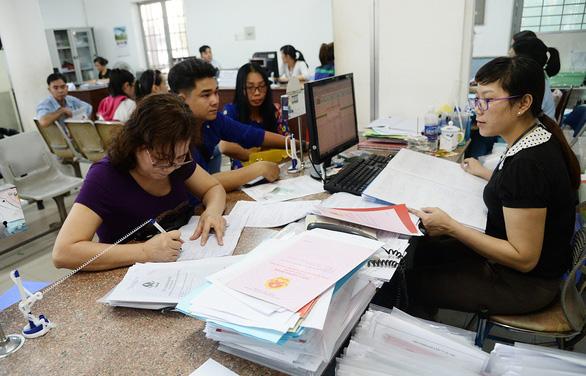 Quốc hội cảnh báo: Nghĩa vụ trả nợ trực tiếp của Chính phủ sắp chạm trần - Ảnh 1.