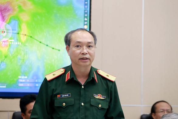 Quân đội huy động 678.000 người, 4 trực thăng ứng phó bão số 8 - Ảnh 2.