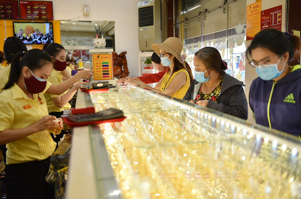Lạc quan về gói cứu trợ thứ 2 của Mỹ, vàng tăng giá trở lại - Ảnh 1.