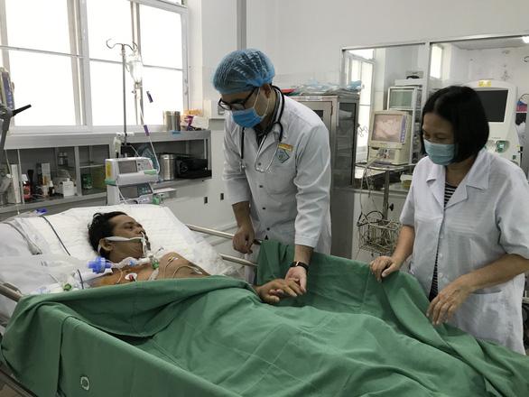 Kỳ tích cấp cứu liên tục cứu sống bệnh nhân ngưng tim 90 phút - Ảnh 1.