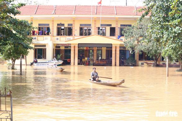 Chính phủ Mỹ chia buồn với Việt Nam, viện trợ lập tức khắc phục lũ lụt - Ảnh 1.