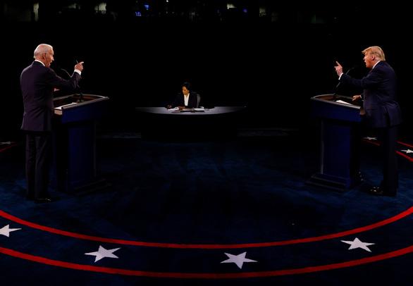 Người điều phối tranh luận được khen chuẩn bị kỹ hơn cả hai ứng cử viên - Ảnh 2.