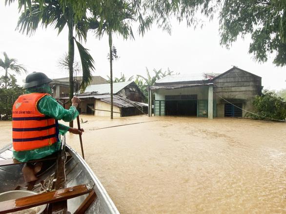 Mưa lũ đã làm Quảng Nam thiệt hại khoảng 1.480 tỉ đồng - Ảnh 1.