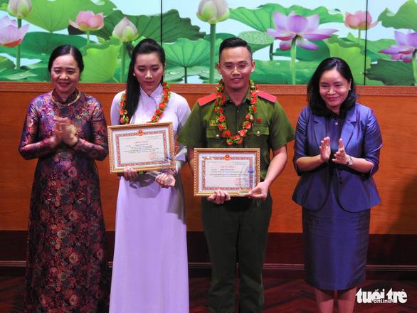 Nguyễn Hoàng Yến, Đặng Phương Nam - hai Đại sứ văn hóa đọc 2020 - Ảnh 1.