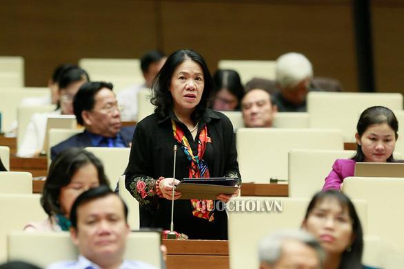Chủ tịch Hội Chữ thập đỏ Việt Nam: Ca sĩ Thủy Tiên không phạm luật - Ảnh 1.