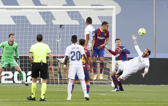 Real Madrid thắng Barca 3-1 tại Nou Camp - Ảnh 2.