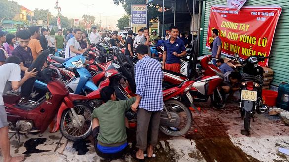 Khách sạn, tiệm sửa xe, quán cà phê ở Hà Tĩnh miễn phí cho bà con - Ảnh 1.