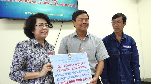 Tổng công ty điện lực TP.HCM chung tay hỗ trợ đồng bào miền Trung vượt khó khăn - Ảnh 2.