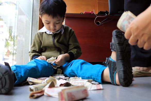 Đầu bếp Hoa hồi vàng: Tôi tin tưởng các chương trình xã hội của Tuổi Trẻ - Ảnh 3.