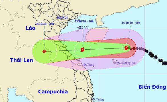 Chiều nay bão số 8 cách Hoàng Sa 110km, gió giật cấp 12 - Ảnh 1.