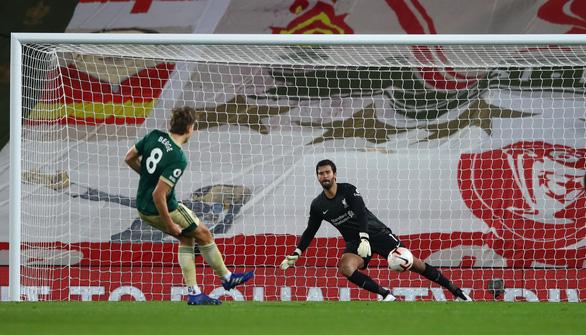 Thắng ngược Sheffield, Liverpool bắt kịp đội đầu bảng Everton - Ảnh 1.