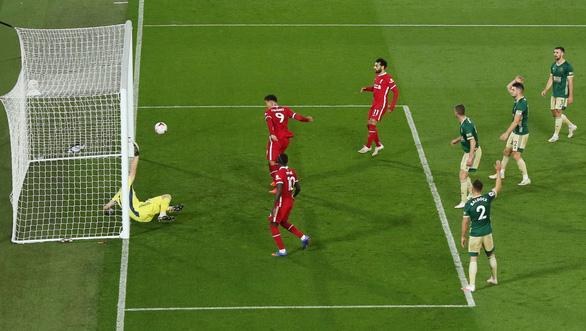 Thắng ngược Sheffield, Liverpool bắt kịp đội đầu bảng Everton - Ảnh 2.