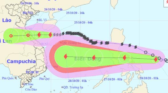 Tâm bão cách đất liền Hà Tĩnh đến Quảng Trị 330km, sóng biển cao 2-4m - Ảnh 1.