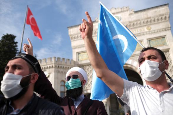Tổng thống Thổ Nhĩ Kỳ cương quyết đối đầu tổng thống Pháp - Ảnh 2.