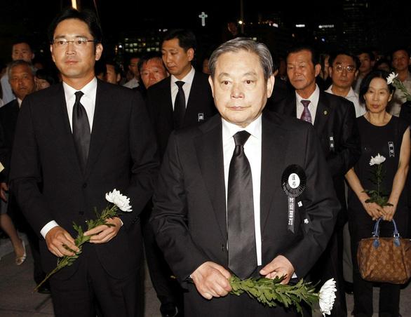 Chuyện tiền nong thừa kế sau khi chủ tịch Samsung qua đời - Ảnh 1.