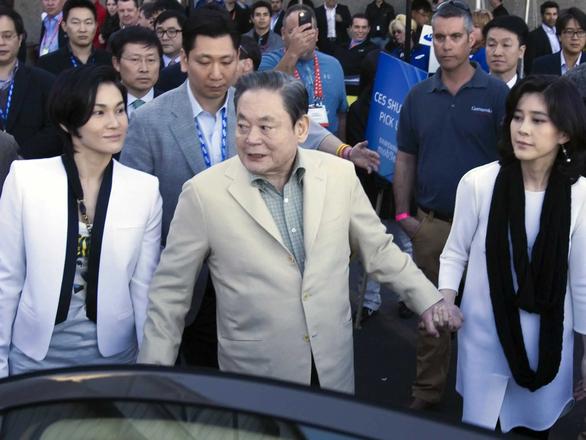 Chuyện tiền nong thừa kế sau khi chủ tịch Samsung qua đời - Ảnh 2.