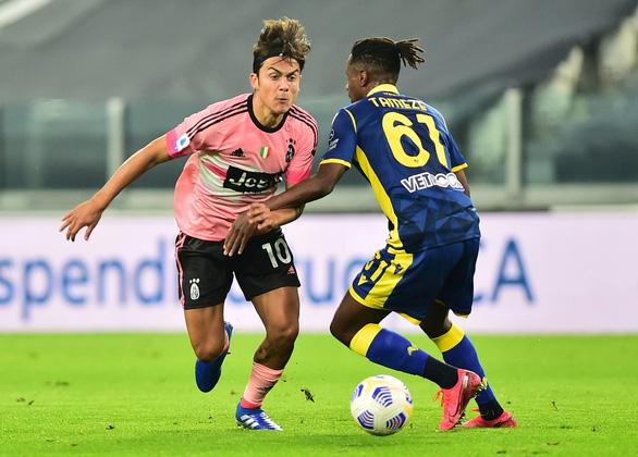 Sao trẻ vào sân từ ghế dự bị lập công cứu Juventus trước Verona - Ảnh 2.