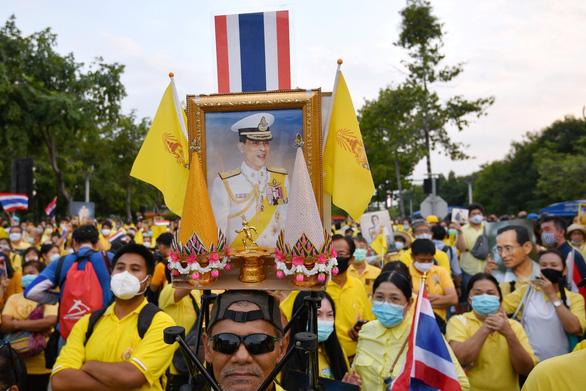 Thái Lan: Khi bất ổn, chúng tôi nhìn về quân đội - Ảnh 1.