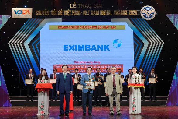 Eximbank nhận giải thưởng chuyển đổi số Việt Nam 2020 - Ảnh 1.