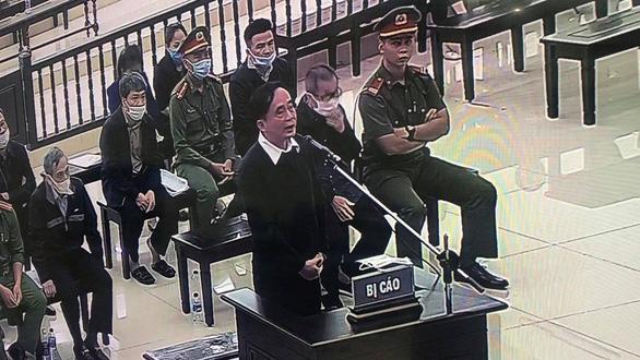 Cựu phó tổng giám đốc BIDV: Ông Trần Bắc Hà dọa không cho vay sẽ cách chức - Ảnh 3.
