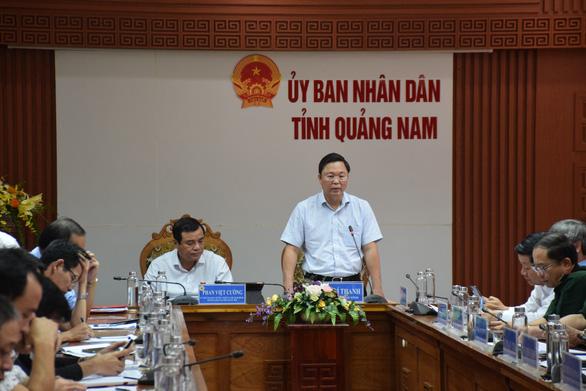 Quảng Nam, Quảng Ngãi: Sẵn sàng sơ tán dân khỏi khu vực sạt lở trước bão số 9 - Ảnh 1.