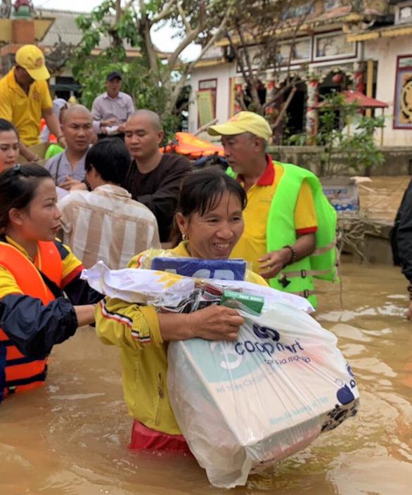 Saigon Co.op nhận đơn hàng tại TP.HCM, giao hàng tận tâm bão Miền Trung - Ảnh 1.