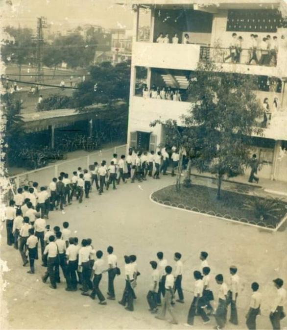 Sài Gòn nhớ nhớ thương thương - Kỳ 1: Nhớ lắm Trường Nguyễn Thượng Hiền - Ảnh 1.