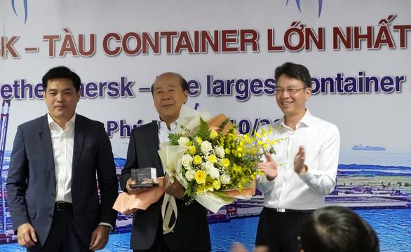 Siêu tàu container dài bằng 4 sân bóng đá cập Cái Mép - Thị Vải - Ảnh 5.