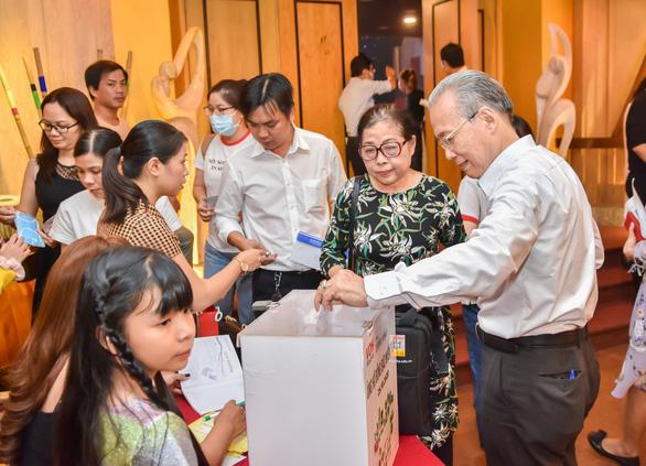 Đêm nhạc Việt Nam tử tế quyên 6 tỉ giúp người dân miền Trung lũ lụt - Ảnh 6.